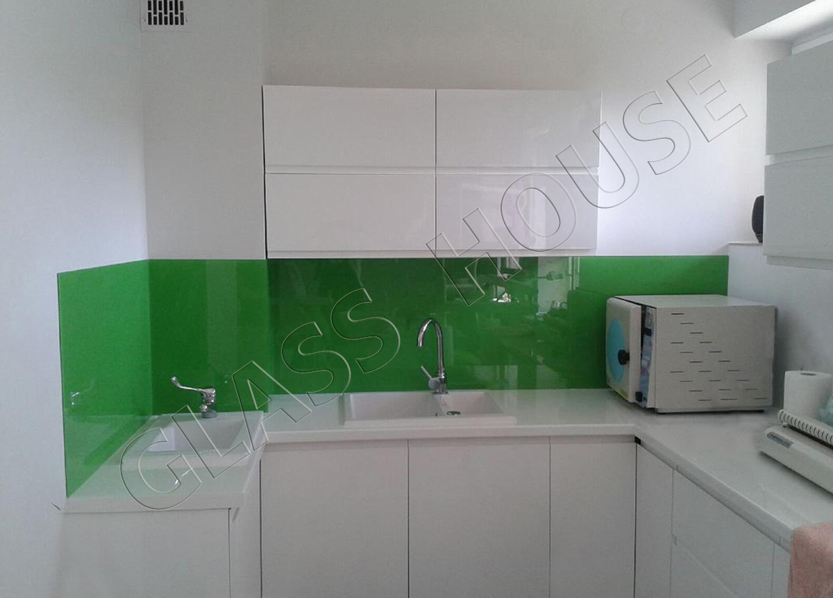 Szkło do kuchni lacobel zielony